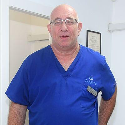"""ד""""ר קובי משה - רופא שיניים אשקלון"""
